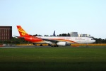 garrettさんが、成田国際空港で撮影した香港航空 A330-343Xの航空フォト(写真)