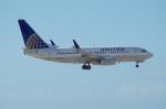たーしょ@0525さんが、アントニオ・B・ウォン・パット国際空港で撮影したユナイテッド航空 737-724の航空フォト(写真)