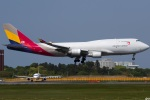 グリスさんが、成田国際空港で撮影したアシアナ航空 747-48EM(BDSF)の航空フォト(写真)