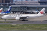 HEATHROWさんが、羽田空港で撮影した日本航空 777-246/ERの航空フォト(写真)