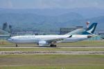 ちゃぽんさんが、小松空港で撮影したキャセイパシフィック航空 A330-342の航空フォト(写真)