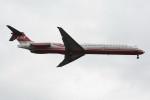 kuro2059さんが、台北松山空港で撮影した遠東航空 MD-82 (DC-9-82)の航空フォト(飛行機 写真・画像)