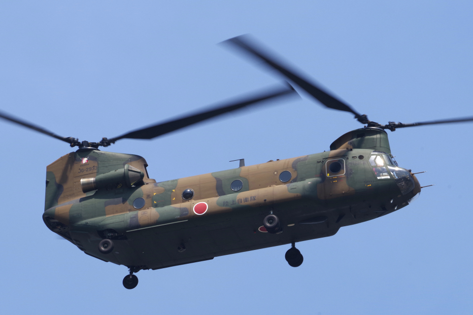 yabyanさんの陸上自衛隊 Kawasaki CH-47J Chinook (52933) 航空フォト