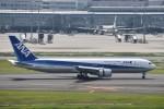T.Kawaseさんが、羽田空港で撮影した全日空 767-381/ERの航空フォト(写真)