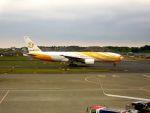 まいけるさんが、成田国際空港で撮影したノックスクート 777-212/ERの航空フォト(写真)