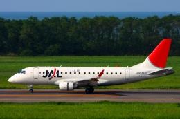 Hiro-hiroさんが、新潟空港で撮影したジェイエア ERJ-170-100 (ERJ-170STD)の航空フォト(飛行機 写真・画像)