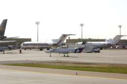 senyoさんが、カルガリー国際空港で撮影したWESTEX SA-227AC Metro IIIの航空フォト(飛行機 写真・画像)