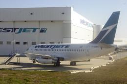 senyoさんが、カルガリー国際空港で撮影したウェストジェット 737-281/Advの航空フォト(飛行機 写真・画像)