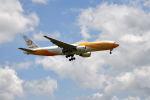 yotaさんが、成田国際空港で撮影したノックスクート 777-212/ERの航空フォト(写真)