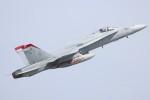 ゆう改めてさんが、岩国空港で撮影したアメリカ海兵隊 F/A-18D Hornetの航空フォト(写真)
