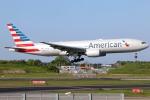まえちんさんが、成田国際空港で撮影したアメリカン航空 777-223/ERの航空フォト(飛行機 写真・画像)