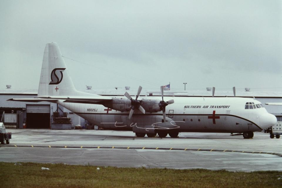 tassさんのサザン・エア・トランスポート Lockheed Martin C-130 Hercules (N902SJ) 航空フォト