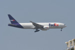 kuro2059さんが、台湾桃園国際空港で撮影したフェデックス・エクスプレス 777-FS2の航空フォト(写真)