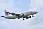 mojioさんが、静岡空港で撮影した中国東方航空 A320-232の航空フォト(写真)