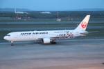 T_pontaさんが、新千歳空港で撮影した日本航空 767-346の航空フォト(写真)