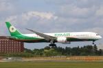 まえちんさんが、成田国際空港で撮影したエバー航空 787-9の航空フォト(写真)