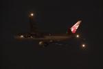 木人さんが、成田国際空港で撮影したカタール航空カーゴ 777-FDZの航空フォト(写真)