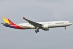 あしゅーさんが、福岡空港で撮影したアシアナ航空 A330-323Xの航空フォト(写真)