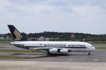 KAZFLYERさんが、成田国際空港で撮影したシンガポール航空 A380-841の航空フォト(飛行機 写真・画像)