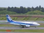 トタさんが、成田国際空港で撮影したANAウイングス 737-5L9の航空フォト(写真)