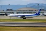 left eyeさんが、高松空港で撮影した全日空 767-381/ERの航空フォト(写真)