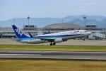 left eyeさんが、高松空港で撮影した全日空 737-881の航空フォト(写真)