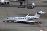 T.Sazenさんが、羽田空港で撮影したプライベートエア C-37B Gulfstream G550 (G-V-SP)の航空フォト(飛行機 写真・画像)