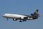 mogusaenさんが、成田国際空港で撮影したUPS航空 MD-11Fの航空フォト(飛行機 写真・画像)