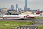 xingyeさんが、台北松山空港で撮影した遠東航空 MD-83 (DC-9-83)の航空フォト(写真)