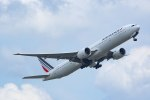 Mochi7D2さんが、成田国際空港で撮影したエールフランス航空 777-328/ERの航空フォト(写真)