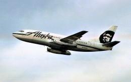 ハミングバードさんが、シアトル タコマ国際空港で撮影したアラスカ航空 737-290C/Advの航空フォト(飛行機 写真・画像)