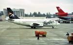 ハミングバードさんが、シアトル タコマ国際空港で撮影したフロンティア航空 737-228/Advの航空フォト(写真)