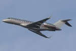 mototripさんが、福岡空港で撮影したビスタジェット BD-700-1A10 Global 6000の航空フォト(写真)