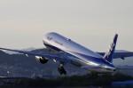 mild lifeさんが、伊丹空港で撮影した全日空 777-381の航空フォト(飛行機 写真・画像)