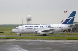 senyoさんが、バンクーバー国際空港で撮影したウェストジェット 737-2E3/Advの航空フォト(飛行機 写真・画像)