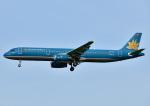 じーく。さんが、福岡空港で撮影したベトナム航空 A321-231の航空フォト(写真)