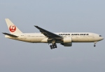 あしゅーさんが、福岡空港で撮影した日本航空 777-289の航空フォト(写真)