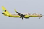 あしゅーさんが、福岡空港で撮影したジンエアー 737-8SHの航空フォト(写真)
