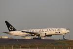 imosaさんが、羽田空港で撮影した全日空 777-281の航空フォト(写真)