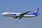 HISAHIさんが、福岡空港で撮影した全日空 767-381/ERの航空フォト(写真)