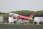 KAZFLYERさんが、成田国際空港で撮影したベトジェットエア A321-211の航空フォト(写真)