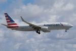 zettaishinさんが、マイアミ国際空港で撮影したアメリカン航空 737-823の航空フォト(写真)