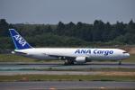 空が大好き!さんが、成田国際空港で撮影した全日空 767-381Fの航空フォト(写真)