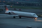 つっさんさんが、台北松山空港で撮影した遠東航空 MD-83 (DC-9-83)の航空フォト(写真)