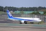 KAZFLYERさんが、成田国際空港で撮影した全日空 767-381の航空フォト(写真)
