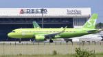 パンダさんが、成田国際空港で撮影したS7航空 A320-271Nの航空フォト(写真)