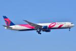 フリューゲルさんが、成田国際空港で撮影したデルタ航空 767-432/ERの航空フォト(写真)