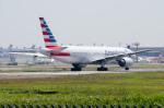 ぎんじろーさんが、成田国際空港で撮影したアメリカン航空 777-223/ERの航空フォト(写真)