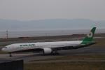 K777&787さんが、関西国際空港で撮影したエバー航空 777-35E/ERの航空フォト(写真)