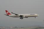 まこやんさんが、関西国際空港で撮影したターキッシュ・エアラインズ A340-311の航空フォト(写真)